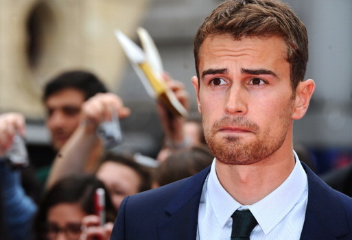 theo james dating taylor