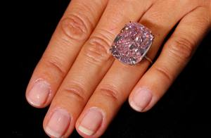 Largest fancy intense pink diamond could fetch $30M